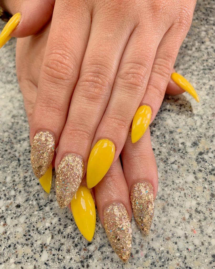 Gelnagels goud met glitter