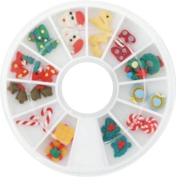 Carrousel 3D FIMO kerstnagels voor kerst nail art!