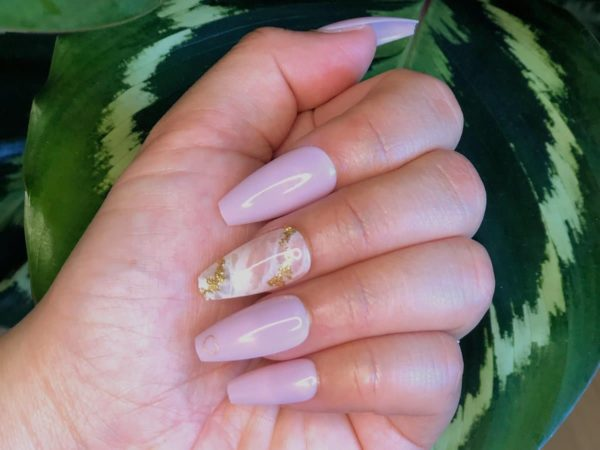 FASHION NAIL 24 PIECES-5 minutes fast nail art-soft material-comfortable /Golden Love
