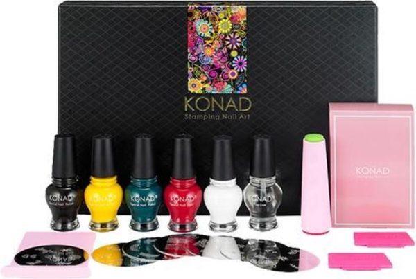 KONAD stamping nail art set Classic Collection II, 18-delig stamping nail art set met Princess special stamping nagellakken van liefst 12 ml, incl. de instructies DVD. Mooie cadeau!