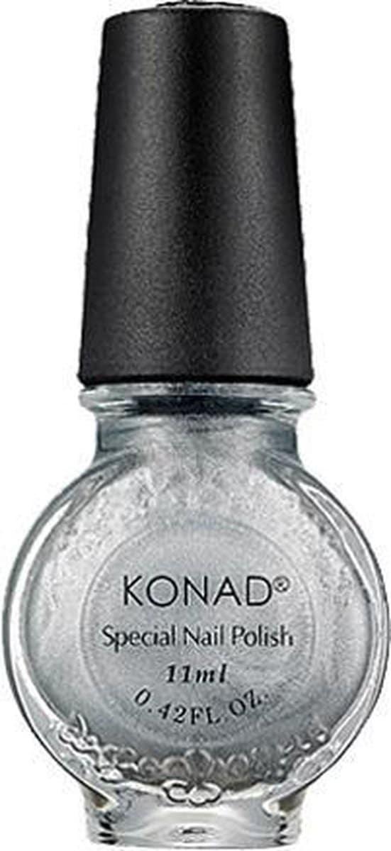 KONAD stempellak POWDERY SILVER 53, 11 ml. Speciale stempellak voor stamping nail art! Stempellak is sneldrogend en verkrijgbaar in verschillende kleuren.