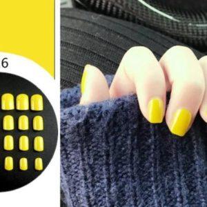 Nageltips Set Geel Design - 24 Stuks Met Lijm - Nail Art Nagels & Gelnagels Tips