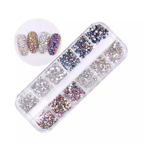 Nail art diamonds bakje 12 st. 4 kleuren