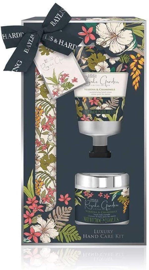 Verjaardag cadeau vrouw - Manicure set Royal Garden 3-delig - Verbena en Kamille - Luxe set in zwart met bloemenprint - geschenkset met strik